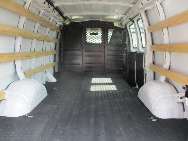 2019 GMC Savana 2500 4x2, Empty Cargo Van #11253T - photo 1