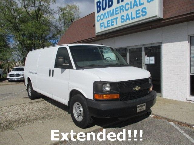 2015 Chevrolet Express 3500 4x2, Empty Cargo Van #11287T - photo 1