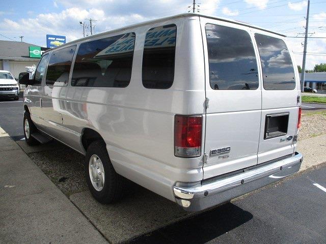 2013 Ford E-350 4x2, Passenger Wagon #11485T - photo 1