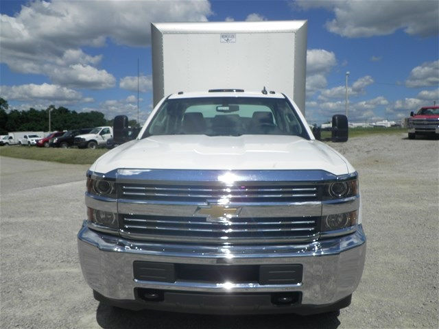 2015 Silverado 3500 Double Cab 4x4, Hercules Dry Freight #151311 - photo 3