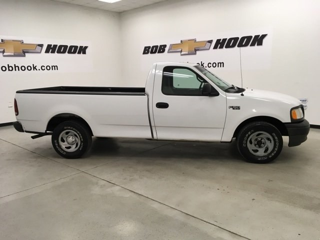 2002 F-150 Regular Cab 4x2,  Pickup #15453P - photo 3