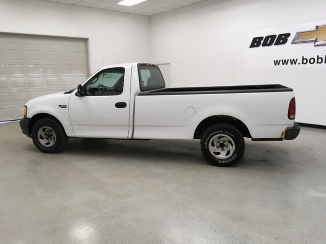 2002 F-150 Regular Cab 4x2,  Pickup #15453P - photo 6
