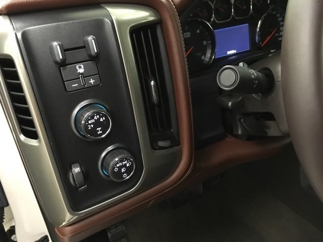 2015 Silverado 1500 Crew Cab 4x4,  Pickup #15484P - photo 19