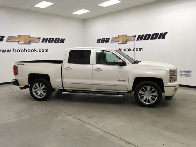 2015 Silverado 1500 Crew Cab 4x4,  Pickup #15484P - photo 4