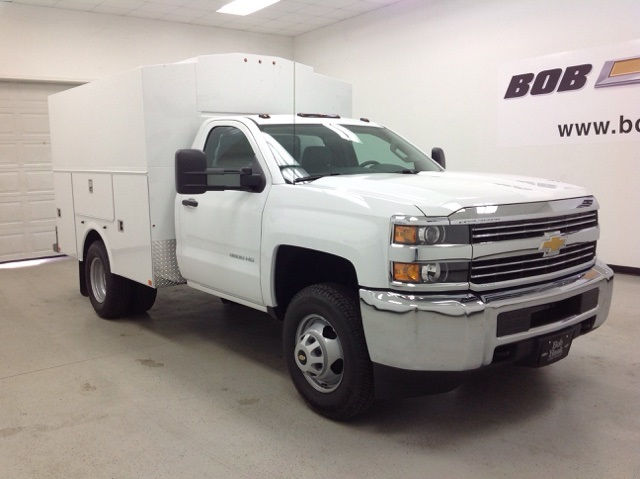 2016 Silverado 3500 Regular Cab 4x4, Palfinger Service Body #160769 - photo 3