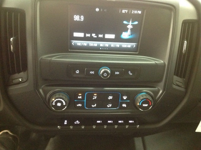 2016 Silverado 2500 Regular Cab, Reading Service Body #161074 - photo 13