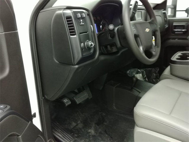 2016 Silverado 3500 Regular Cab 4x4, Reading Service Body #161373 - photo 10