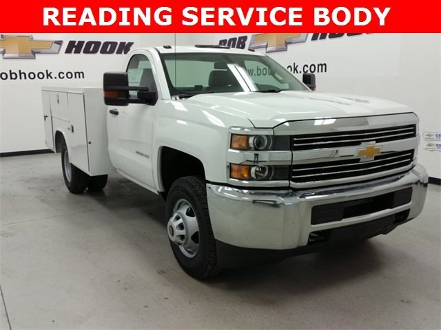 2016 Silverado 3500 Regular Cab DRW 4x4, Reading SL Service Body #161389 - photo 1