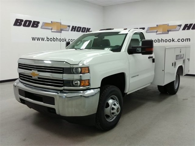2016 Silverado 3500 Regular Cab DRW 4x4, Reading Service Body #161389 - photo 6