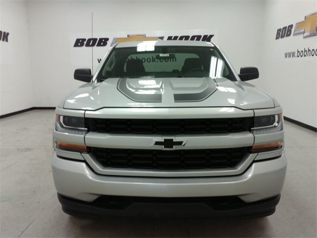 2017 Silverado 1500 Double Cab 4x4, Pickup #170355 - photo 6