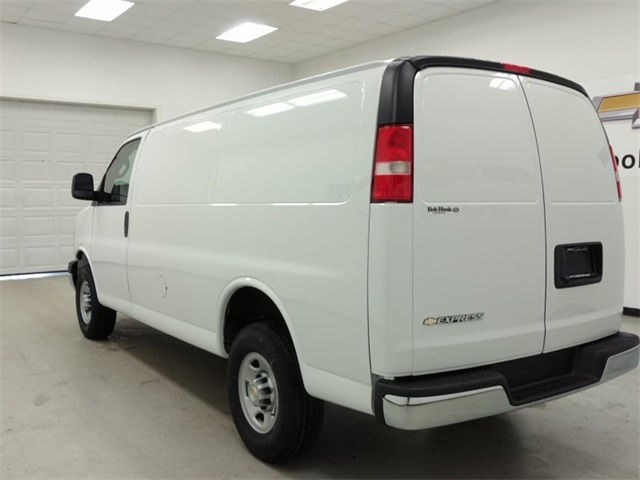2017 Express 2500, Cargo Van #170392 - photo 4