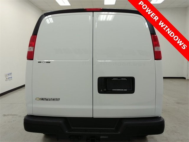 2017 Express 2500 Cargo Van #170394 - photo 3