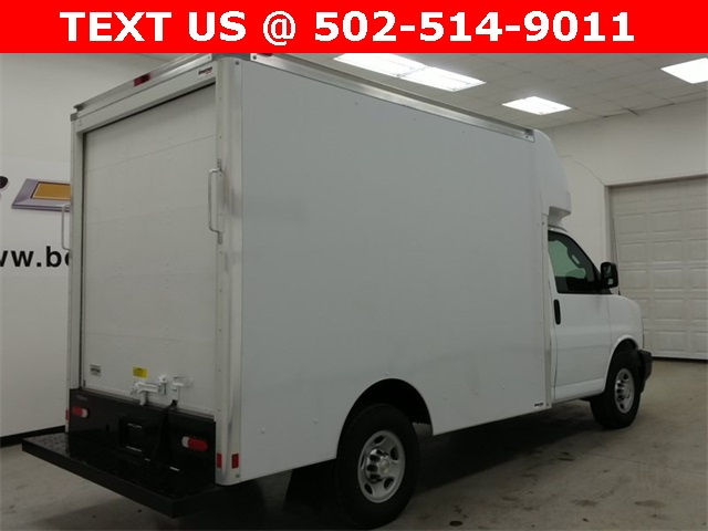 2017 Express 3500, Supreme Cutaway Van #170411 - photo 12