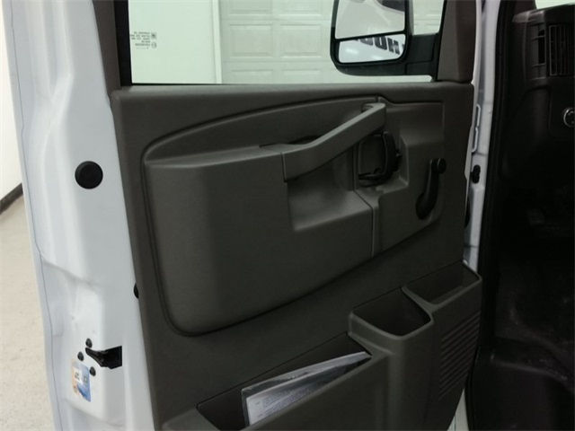 2017 Express 3500, Supreme Cutaway Van #170411 - photo 5