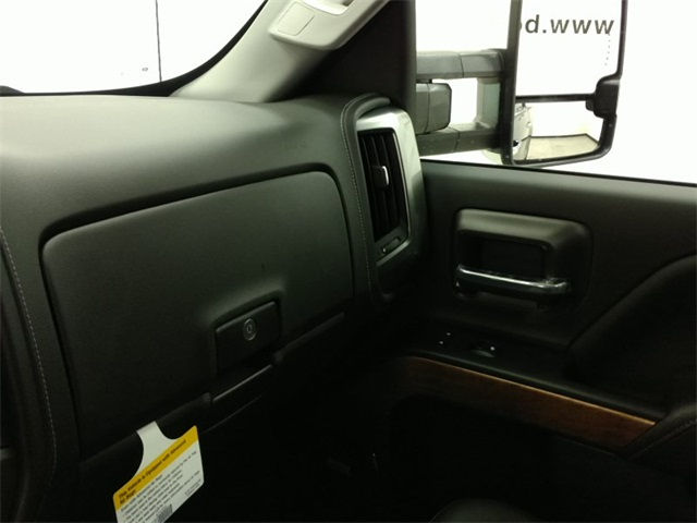 2017 Silverado 1500 Crew Cab 4x4, Pickup #170650 - photo 10