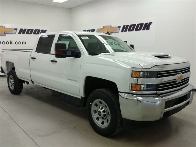 2017 Silverado 2500 Crew Cab 4x4, Pickup #170656 - photo 3
