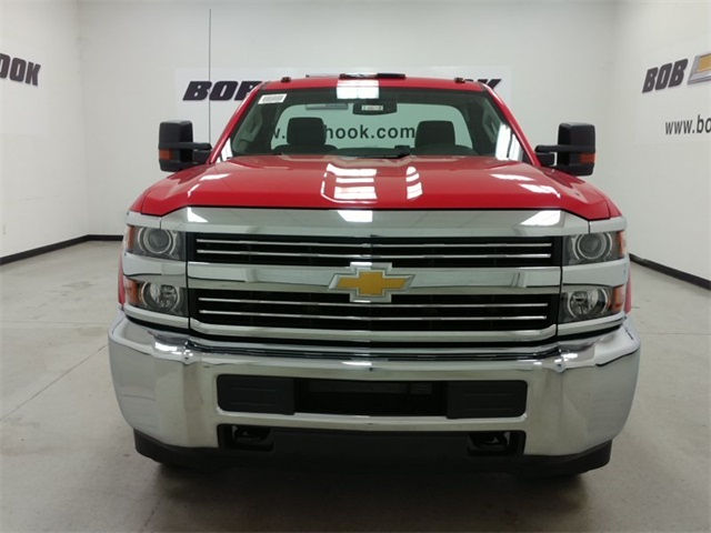 2017 Silverado 3500 Regular Cab 4x4, Cab Chassis #170672 - photo 6