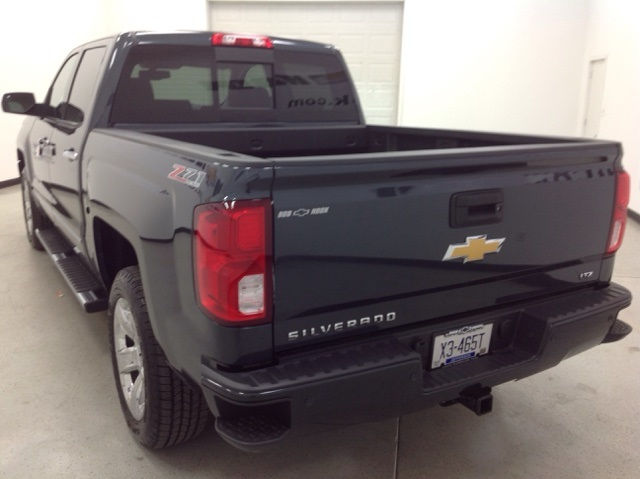 2017 Silverado 1500 Crew Cab 4x4, Pickup #170948 - photo 2