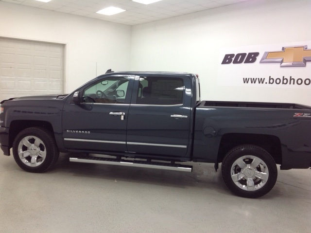2017 Silverado 1500 Crew Cab 4x4, Pickup #170948 - photo 3
