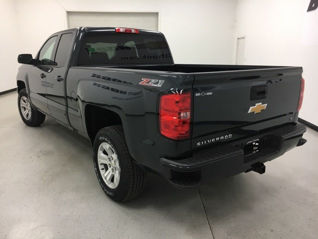 2017 Silverado 1500 Double Cab 4x4, Pickup #170961 - photo 5