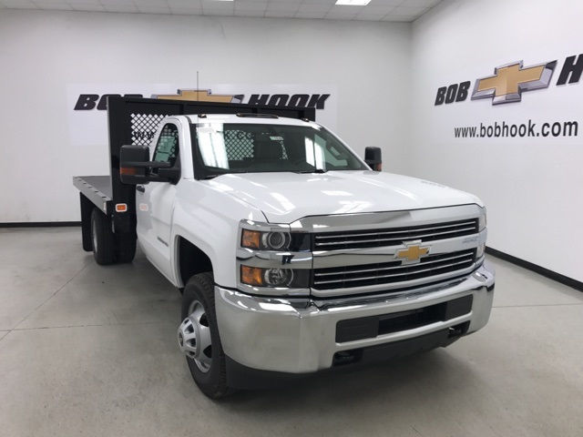 2017 Silverado 3500 Regular Cab, Knapheide Platform Body #171033 - photo 5
