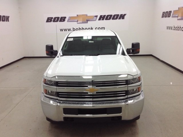 2017 Silverado 2500 Crew Cab 4x4, Reading Service Body #171042 - photo 8
