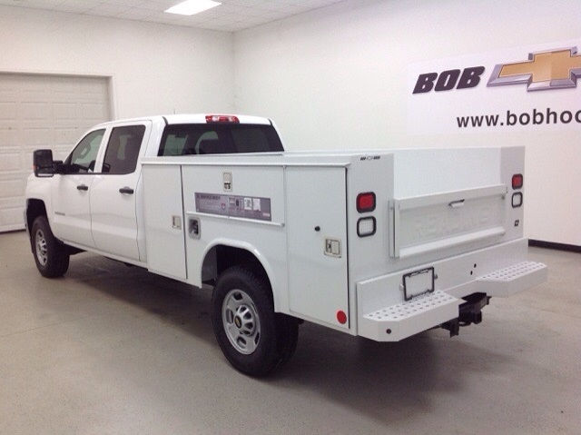 2017 Silverado 2500 Crew Cab 4x4, Reading Service Body #171043 - photo 2
