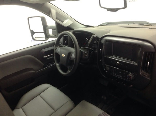 2017 Silverado 2500 Crew Cab 4x4, Reading Service Body #171044 - photo 13