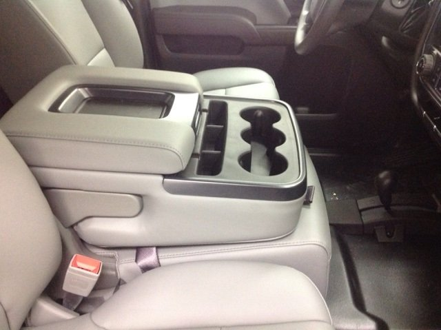 2017 Silverado 2500 Crew Cab 4x4, Reading Service Body #171044 - photo 18