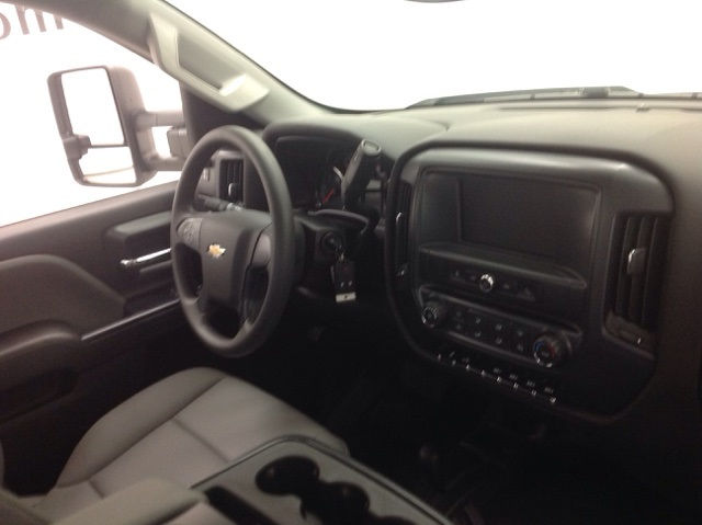 2017 Silverado 3500 Regular Cab 4x4, Monroe Platform Body #171188 - photo 9