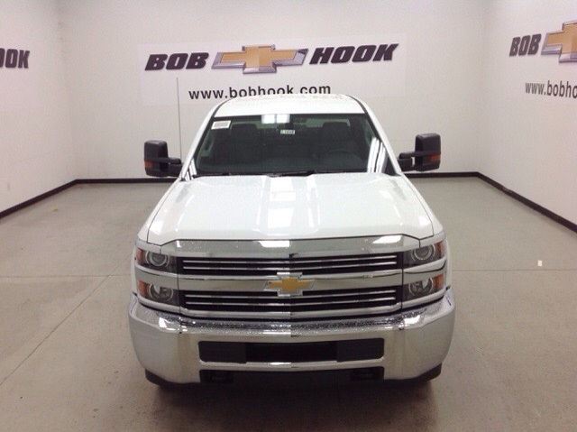 2017 Silverado 3500 Double Cab 4x4, Knapheide Service Body #171194 - photo 8