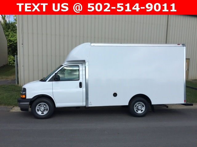 2017 Express 3500, Supreme Cutaway Van #171204 - photo 17