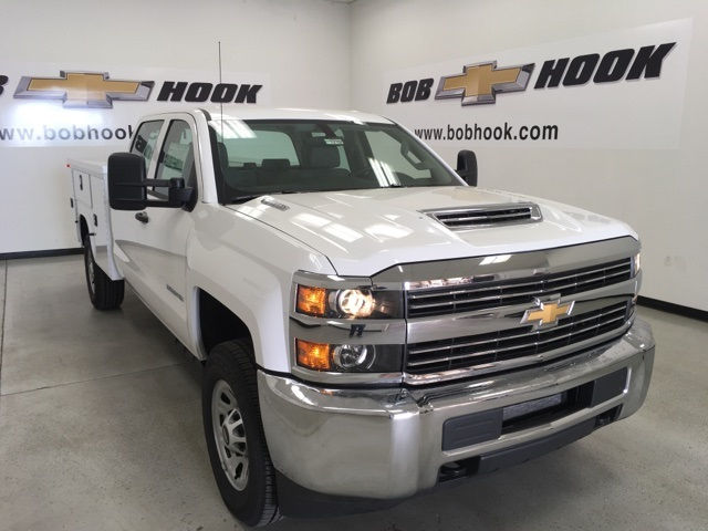 2017 Silverado 3500 Crew Cab 4x4, Knapheide Service Body #171215 - photo 3