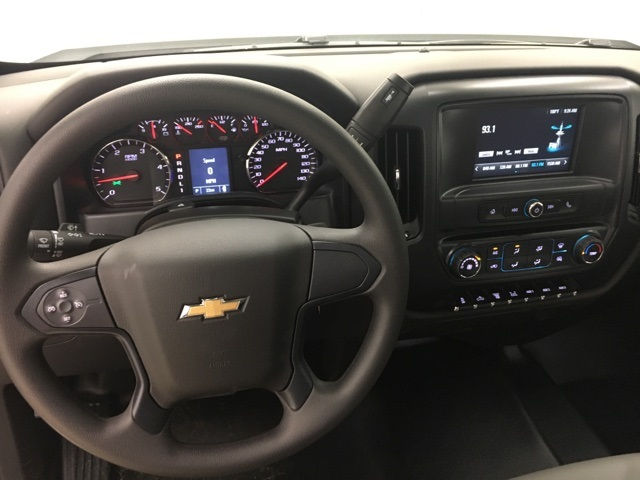 2017 Silverado 3500 Regular Cab, Cab Chassis #171222 - photo 13