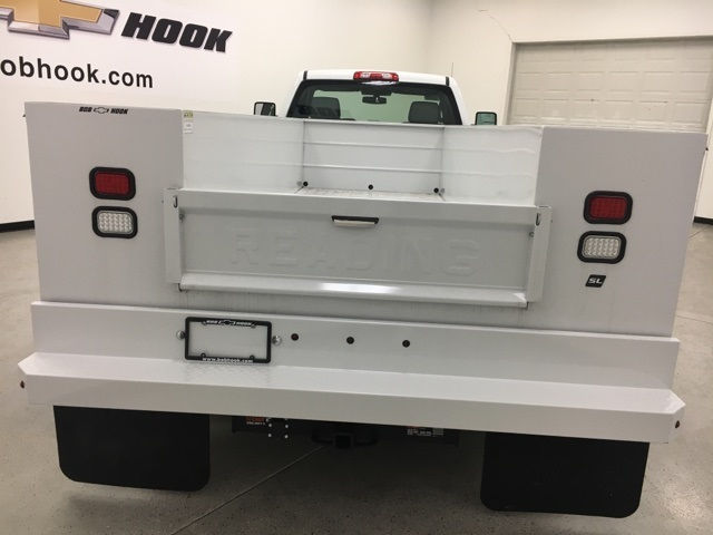 2017 Silverado 3500 Regular Cab, Cab Chassis #171222 - photo 4