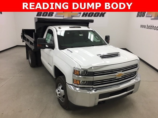 2017 Silverado 3500 Regular Cab DRW 4x4, Air-Flo Pro-Class Dump Body #171246 - photo 1