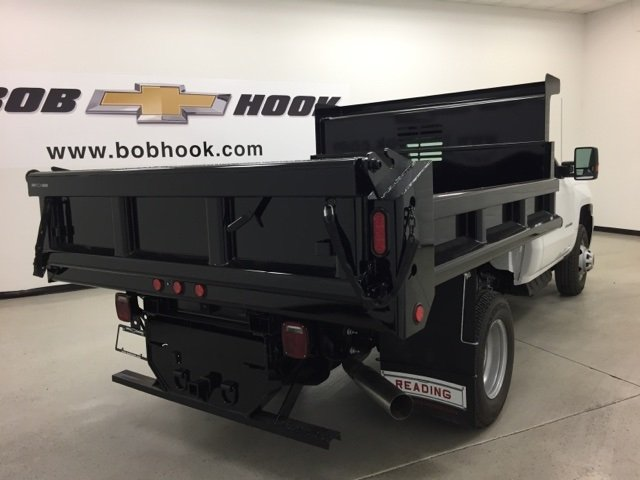 2017 Silverado 3500 Regular Cab DRW 4x4, Air-Flo Dump Body #171246 - photo 2