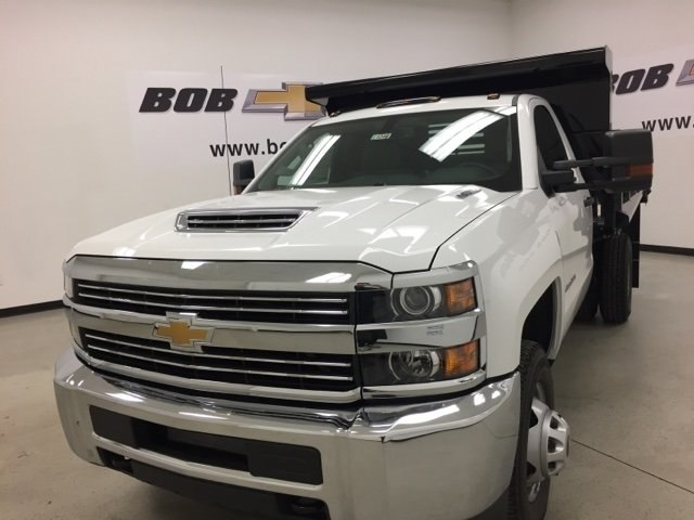 2017 Silverado 3500 Regular Cab DRW 4x4, Air-Flo Dump Body #171246 - photo 8