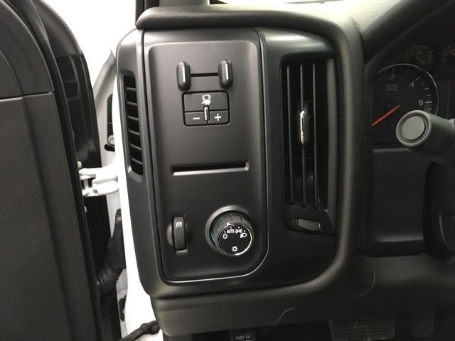 2017 Silverado 2500 Regular Cab 4x4 Service Body #171255 - photo 12