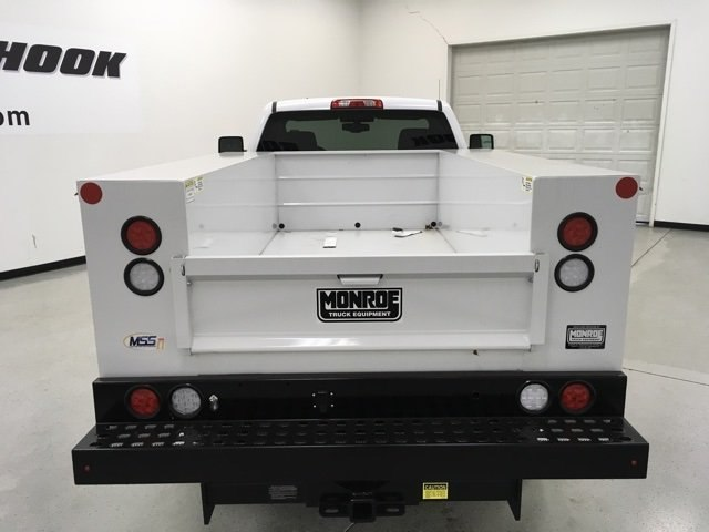 2017 Silverado 2500 Regular Cab 4x4 Service Body #171255 - photo 4