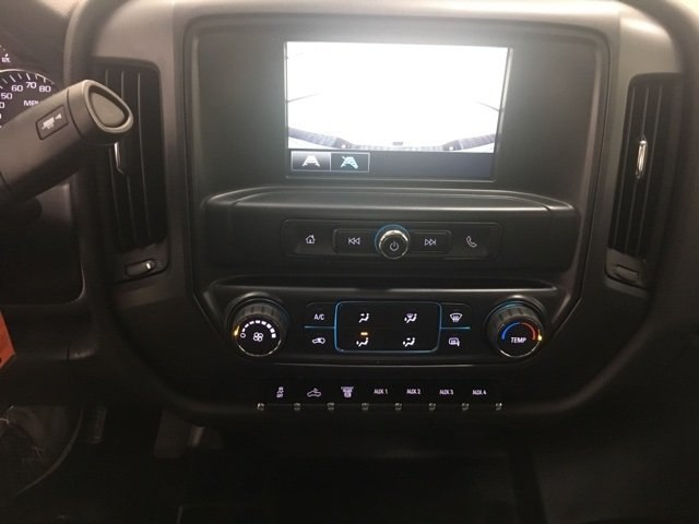 2017 Silverado 3500 Crew Cab 4x4 Pickup #171322 - photo 13