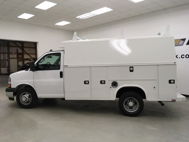 2017 Express 3500, Knapheide Service Utility Van #171346 - photo 20