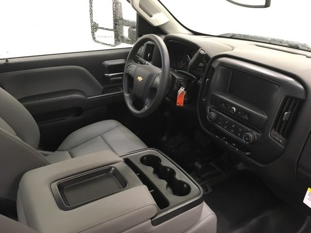 2017 Silverado 3500 Regular Cab DRW 4x4,  Reading Service Body #171354 - photo 8