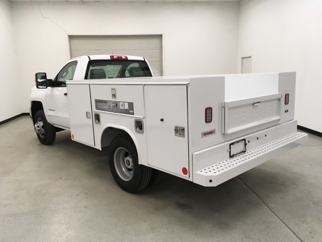 2017 Silverado 3500 Regular Cab DRW 4x4, Reading Service Body #171354 - photo 5