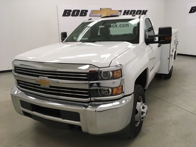 2017 Silverado 3500 Regular Cab DRW 4x4, Service Body #171354 - photo 7