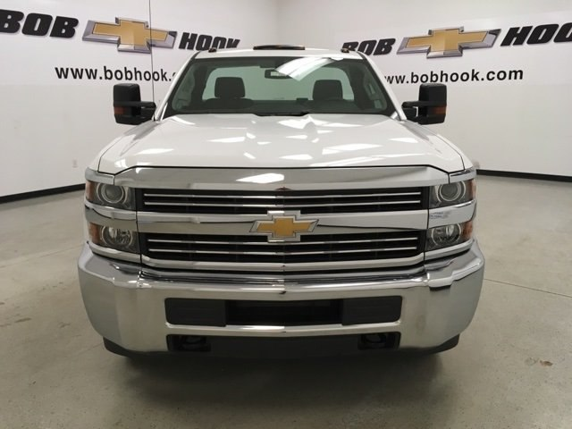 2017 Silverado 3500 Regular Cab DRW 4x4, Service Body #171354 - photo 8