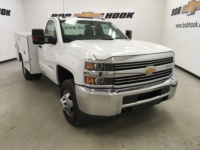 2017 Silverado 3500 Regular Cab DRW 4x4,  Reading Service Body #171354 - photo 19