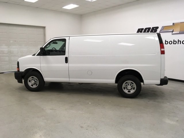 2017 Express 2500, Cargo Van #171360 - photo 4