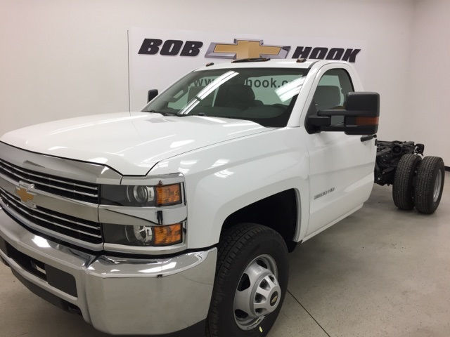 2018 Silverado 3500 Regular Cab, Cab Chassis #180105 - photo 6