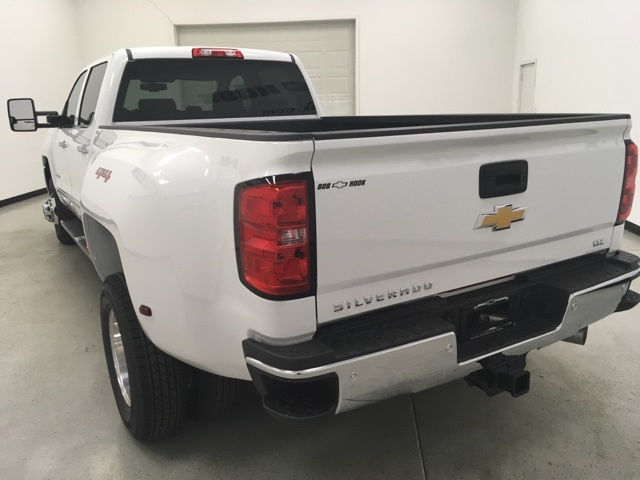 2018 Silverado 3500 Crew Cab 4x4, Pickup #180109 - photo 5